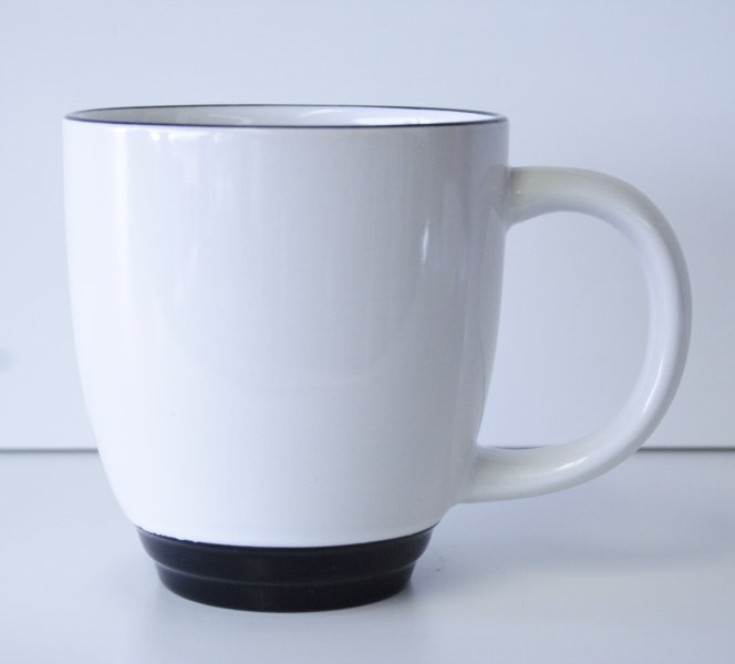 15 oz. White/Black Bistro Mug